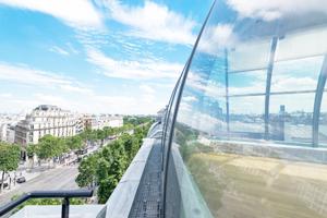 Dîner assis / Dôme des Champs-Élysées