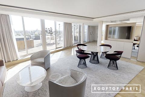 Rooftop avec salon intérieur